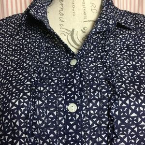 Eddie Bauer Tops - Eddie Bauer Blue & White Cotton Blouse Size M